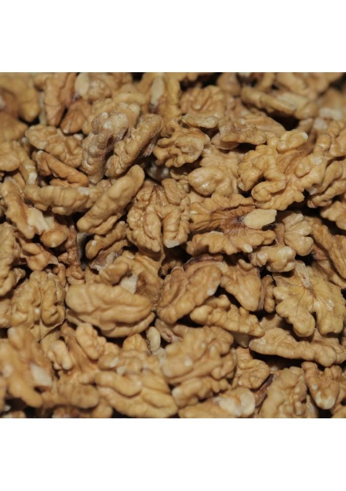 Walnut kernel Light halves 100 %